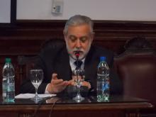 Decano Gonzalo Uriarte